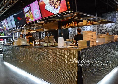 Stage Cafe_004.jpg