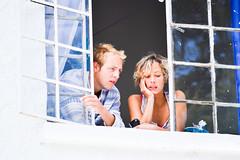En regardant (JulianGrim) Tags: people woman white man cute men window beautiful look mujer nikon couple femme finestra uomo mirar personnes hombre homme fenetre regarder popayn