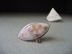 Ocean Jasper,Rhodolite Garnet, Brooch, Fabricated (betsy.bensen) Tags: pink brooch rhodolitegarnet fabricated oceanjasper sterlingsilver 18ktgold 14ktgold baw5239