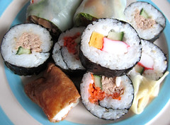 sushi (twinkle_moon_bunny) Tags: food sushi japanese yummy