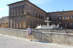 Me at the Palazzo Pitti (Moonchild Silverdream) Tags: santa italy del florence maria ponte firenze piazza duomo della michelangelo fiore palazzo pitti piazzale vecchio uffizzi signoria novella
