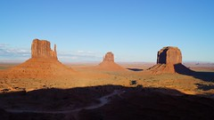 Sunset at Monument Valley (tomguiss) Tags: arizona usa utah navajo monumentvalley navajotribalpark