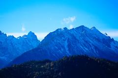305-7 (25 minutes) Tags: new blue autumn white mountain snow alps castle nature stone forest germany landscape bavaria eos 50mm swan europe princess ii f18 neuschwanstein schl