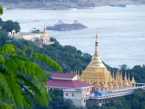 309_P1010508_SoneOoPoneNyaShin Pagoda SAGAING