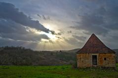 rayons solaires sur le Quercy (Denis Vandewalle) Tags: sky skylight landscape paysage nuages clouds light ciel pentaxk5 quercy lot midipyrénées occitanie lumière