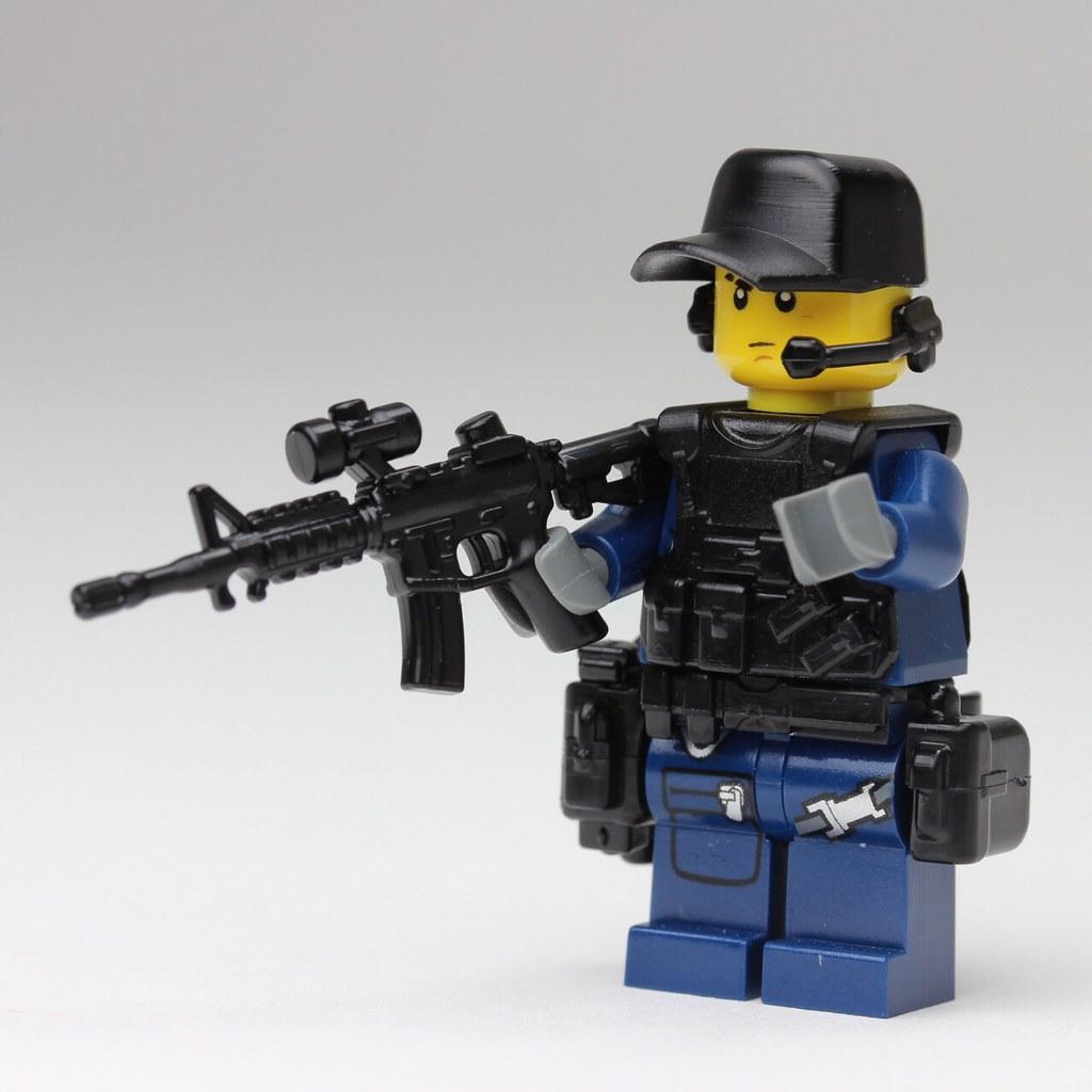 Lego Swat Photo1