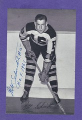 1934-44 NHL Beehive Hockey Photo / Group I - MILT SCHMIDT (Centre) (Hall of Fame 1961) (b. 5 Mar 1918 - d. 4 Jan 2017 at age 98) - Autographed Hockey Card (Boston Bruins) (#31) (Baseball Autographs Football Coins) Tags: hockey beehive 1934 1967 19341967 groupi groupii groupiii woodgrain torontomapleleafs bostonbruins newyorkrangers montrealcanadiens chicagoblackhawks detroitredwings montrealmaroons newyorkamericans card photos hockeycards brooklynamericans miltschmidt centre hof halloffame