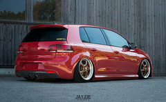 VW GOLF MK6 (JAYJOE.MEDIA) Tags: vw golf mk6 volkswagen low lower lowered lowlife stance stanced bagged airride static slammed wheelwhore fitment porsche porschewheels
