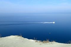 perturbation temporaire (8pl) Tags: eau mer adriatique slovénie izola bateau beautemps calmeperturbé bleu vaguelettes