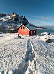 The red house (anthony.vairos) Tags: sky red girl winter cold travel house beautiful nikon d750 snow photo norway ice photographie photography photoshop lightroom dslr montain tromso manfrotto fullframe 15mm f24 scandinave blackstone pleinformat norvège