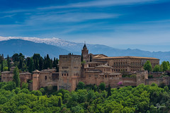 Alhambra (PiTiS ¬~) Tags: alhambra granada andalucia spain españa viajar travel mountain building nikon colors colores colorful