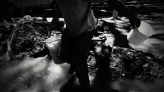(Aaron Montilla) Tags: aaronmontilla 2017 blackwhite blancoynegro faceless facelessportrait workingman obrero streetphotography fotodecalle fotografiacallejera documentaryphoto fotografiadocumental shadows sombras fineart fotografiadeautor internationalflickrawards