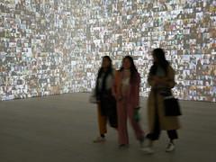 More Selfies (cdb41) Tags: saatchi gallery sw3 chelsea