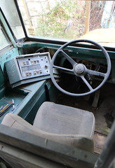 IMG_2655 (Irina Souiki) Tags: rusty crusty cars mcleansautowreckers milton ontario old oldcars