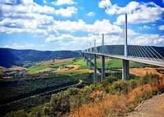 Viaduc du Millau / France (MSamir63) Tags: bridge pont millau viaduc france landscape paysage architecture perspective village beautiful sun superb hdwallpapers samsunggalaxys6 snapseed ngc