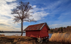 Countryside (fredrik.gattan) Tags: spring countryside archipelago sea seascape tree house cottage red sky landscape nature baltic boathouse norrtälje stockholm sweden roslagen