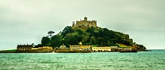 St michaels mount(U.K.) (alex.vangroningen) Tags: marazon cornwall island abby sea trees houses harbour