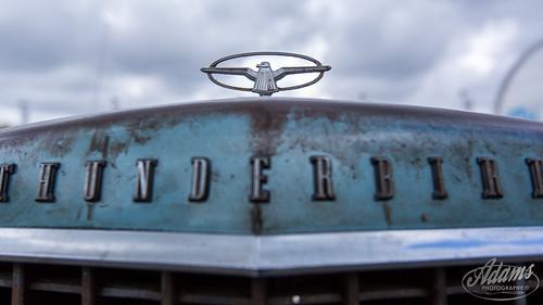 AP17-2305 Ford Thunderbird