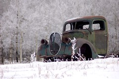 Abandoned (Miguelski Photography Winnipeg) Tags: vehicle jalopy wreck snow winter canada grill rust decay