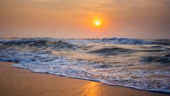 IMG_1471 (jasbeernoushad) Tags: sunrise chennai bayofbengal sun beach sea seascape vibrant waves tranquility goldenhour
