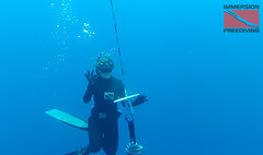 melody checks weighting (ImmersionFD) Tags: ocean pool breath diving your freediving how hold apnea freedivingclassesfree classesfree freedivingsnorkelingscbuascubahowtofreedive coursesimmersion