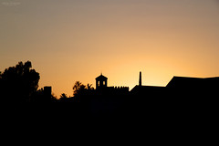 Sunset in Cordoba (Sara Ontoria) Tags: sunset espaa canon contraluz atardecer is andaluca spain cordoba alcazar silueta andalusia reyes cristianos f3556 550d 1585mm blinkagain flickrtravelaward