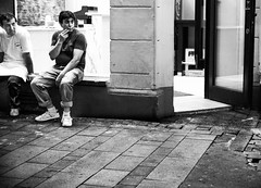 Day 166 (badabiing) Tags: bw white black men break cigarette smoke streetphotography chillin strasenfotografie