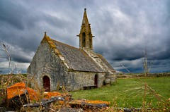 (Jean-Luc Lopoldi) Tags: storm day bretagne campagne chapelle cielcharg