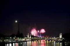 Fte Nationale 2013 / Bastille Day 2013 - Pont de la Concorde, Paris (scuzzilla) Tags: longexposure paris france night 35mm nikon place fireworks concorde pont 18 bastilleday feudartifice ftenationale d5100