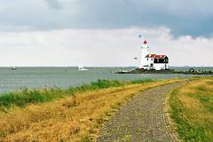 The lighthouse of Marken (Paard van Marken) (macfred64) Tags: lighthouse nikon thenetherlands marken ijsselmeer zuiderzee markermeer northholland paardvanmarken nikond700 nikonnikkoraf3570mmf28
