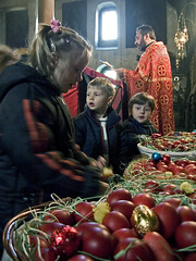 Children and Easter Eggs, Easter, Pirot, Serbia (Tanjica Perovic) Tags: church serbia tradition orthodox crkva srbija serbian pravoslavie pirot serbianorthodoxchurch  pravoslavni   srpskapravoslavnacrkva   hramrozdestvahristovogpirot nativitychurchpirotserbia pirotsrbija  tanjicaperovicphotography  staracrkvapirotblogspotcom staracrkvapirotsrbija fotografijepirota
