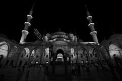 turkey416 ([Blackriver Productions]) Tags: sky people cats history turkey balloons ancient homeless turkiye poor istanbul mosque turkish bodrum cappadocia spezie anatolia goreme moschea turchia bosforo capadokya