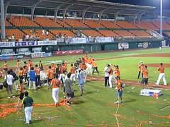 P1000789 (celeste_mer) Tags: 棒球 台南棒球場 2009年
