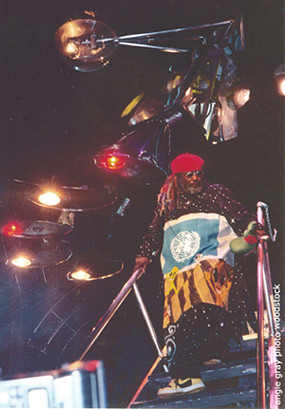 George Clinton Descending  The Mothershi @ Woodstock 99
