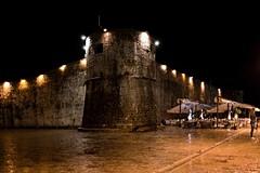 Черногория. Крепостные стены Старой Будвы (varfolomeev) Tags: night montenegro ночь 2013 черногория olympuse410