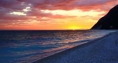 Alba d'autunno (raffaphoto) Tags: seascape mare alba colori conero spiaggia luce marche ancona portonovo rivieradelconero