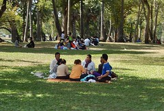 Picnic in the Park (mikecogh) Tags: park family picnic peaceful mat siemreap