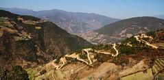 Winding road (Thomas.Gut) Tags: china canon yunnan wonderfulworld eos7d thephotographyblog