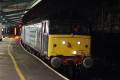 A crafty move (Rob390029) Tags: station night train darkness diesel time citadel platform rail railway loco locomotive arrival craftsman carlisle services direct sulzer drs 47501 5z70 vision:car=0749 vision:outdoor=0671