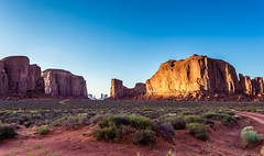 Monument Valley (Bazzzje) Tags: usa nature rock canon landscape nationalpark geology monumentvalley 6d canon1740f4lusm
