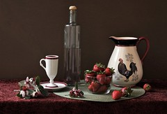 Strawberry Moment (Esther Spektor - Thanks for 12+millions views..) Tags: stilllife anturemorte bodegon naturezamorta stilleben naturamorta composition arrangement creativephotography artisticphoto tabletop food strawberry flowers placemat pitcher bottle bowl cup saucer drink rooster ceramics glass pattern availablelight reflection red white green brown black estherspektor canon spring