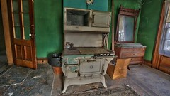 Rose's Farmhouse (52) (Darryl W. Moran Photography) Tags: urbandecay abandonedfarmhouse frozenintime leftbehind oldfarm urbex urbanexploration darrylmoranphotography oldfurniture