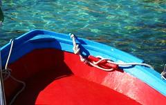 IMG_3404  - the landing (molovate) Tags: nodo rosso tafme barca cima corda rossa volate mare onda luce canon digital ixus 980 is porto molo approdo bitta bagnasciuga battigia