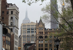 IMG_1379 (kz1000ps) Tags: newyorkcity nyc manhattan architecture urbanism cityscape unionsquare broadway empirestatebuilding fog