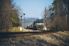 Glasgow Siding (benpsut) Tags: cpl dof glasgow nw nwsignal ns ns15t ns9406 nsroanokedistrict norfolksouthern norfolkandwestern virginia dash9 depthoffield mast railroad siding trains