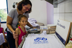Elisângela Leite_7 (REDES DA MARÉ) Tags: américa brasil complexodamaré doglaslopes favela latina maré marésemfronteiras novamaré ong redesdamaré riodejaneiro aula criança desenho serigrafia