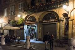 Lucca (Norlews) Tags: nightshot piazza places nuit toscane italia italy