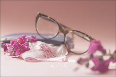 Proyecto 87/365 (Art.Mary) Tags: gafas lunettes glasses bodegón stillife naturemorte canon proyecto365 rosa rose pink pañuelo fanchon handkerchief