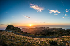 2017_03_08_Sonnenaufgang_Madeira (a-thomas) Tags: madeira sunset sunrise mountain ocean atlantic atlanticocean sky blueskies portugal holiday travel traveling travelling loving landscape lights nolimit
