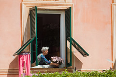 Window Dressing.jpg (vanceezachary) Tags: vernazza cinqueterre portofino moneresso twightlight